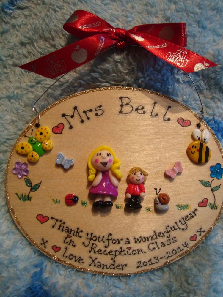 2 character Teacher/ Teaching Assistant Classroom Nursery Personalised 3d Thank You Sign Plaque Gift OVAL BUGS s